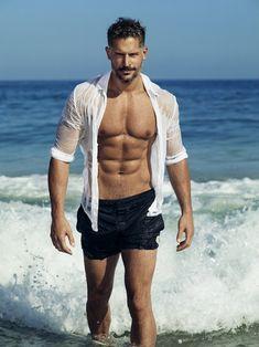 Las fotos de Joe Manganiello sin camiseta en la playa para People