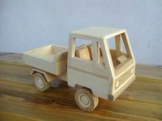 Holzspielzeug - Holzspielzeuge  - ein Designerstück von tappio bei DaWanda