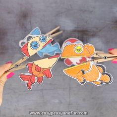 Join the ocean or pond fun with this set of Fish Clothespin Puppets. Toddler Crafts, Diy Crafts For Kids, Arts And Crafts, Toddler Toys, Fish Crafts, Cute Crafts, Cricket Crafts, Puppets For Kids, Puppet Crafts