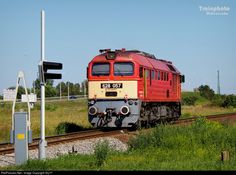 Net Photo: 057 Hungarian State Railways (MÁV) 628 / at Békéscsaba, Hungary by Rail Europe, Locomotive, Hungary, Diesel, Journey, Winter, Europe, Diesel Fuel, Winter Time