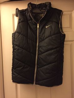 Boys Nike Gilet/body Warmer Small | eBay