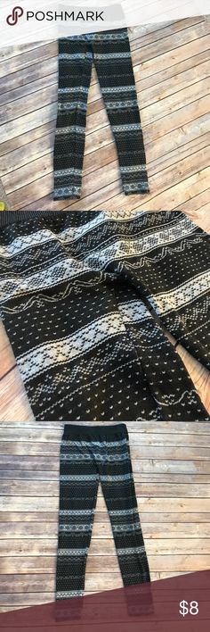 Fair Isle - Thermal Tights. Fair Isle - Thermal Tights. Ankle tights. Grey and white and warm tights. Pants