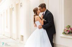 Wedding Dresses, Weddings, Fashion, Bride Dresses, Moda, Bridal Gowns, Alon Livne Wedding Dresses, Fashion Styles, Wedding Gowns