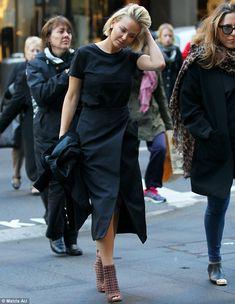 Lara Bingle - Arrives at the 'Cotton On' headquarters in Sydney, Australia. (July 2014)