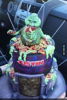Just an unreal Ghostbusters cake we picked up for a co-worker. Birthday Cake For Cat, 11th Birthday, 1st Birthday Parties, Birthday Ideas, Ghostbusters Cake, Halloween Desserts, Just For Fun, Amazing Cakes, Fudge
