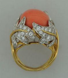 DAVID WEBB Diamond Coral & Yellow Gold Ring