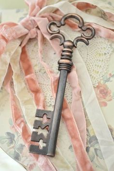 shabby chic lock and key