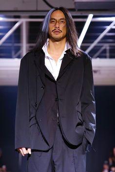 Yohji Yamamoto Menswear Fall Winter 2015 Paris