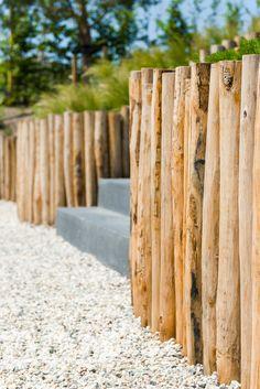 Backyard Beach, Backyard Plants, Backyard Fences, Backyard Landscaping, Garden Screening, Garden Yard Ideas, Fence Design, Garden Inspiration, Exterior Design