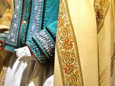 p Floral Tie, Sari, Fashion, Saree, Moda, Fashion Styles, Fashion Illustrations, Saris, Sari Dress