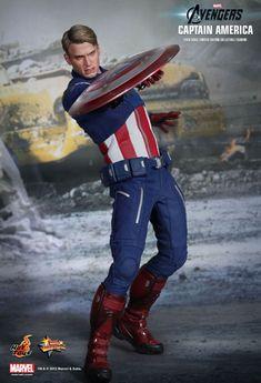 Captain America from Avengers/Hot Toys