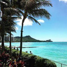 【greenapple_2】さんのInstagramをピンしています。 《Happy Saturday! #808 #hawaii #waikiki #honolulu #beach #ocean #paradise #island #ハワイ #ホノルル #ワイキキ #オアフ #オアフ島 #海 #ワイキキビーチ #土曜日 #Saturday #tropical #ビーチ #ビーチライフ #アロハ #aloha》