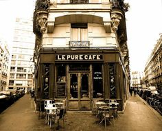 Cafe in Paris Paris 3, I Love Paris, Tour Eiffel, Arsenal, Work In New Zealand, French Cafe, Shop Fronts, France Travel, Beautiful Gardens