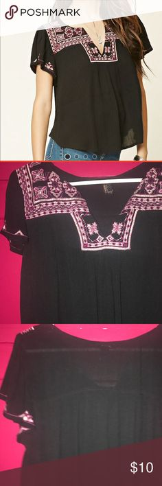 Forever 21 Top Embroidered Gauze Top. Never been worn Forever 21 Tops Tees - Short Sleeve