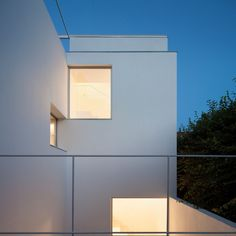 Modern minimalist residence located in Buenos Aires, Argentina. Architects: PH Thames by Alonso & Crippa Agi Architects, Terrace Floor, Internal Courtyard, Bedroom Floor Plans, Old Bricks, Brick Building, Metal Homes, Facade Architecture, Modern Minimalist