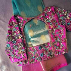 Blouse Back Neck Designs, Blouse Designs, Bridal Photography, Photography Poses, Stylish Sarees, Ethnic Fashion, Indian Ethnic, Vera Bradley Backpack, Boutique