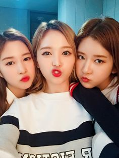 dayoung, xuanyi and exy