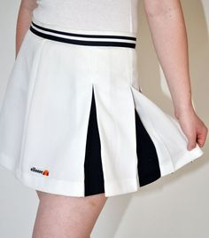 1980s ellesse Pleated Tennis SKIRT in White and Navy by Continual