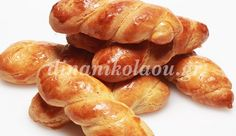 Μπισκοτάκια βανίλιας αφράτα Greek Desserts, Greek Recipes, Greek Cookies, Snack Recipes, Snacks, Recipe Boards, Different Recipes, Pretzel Bites, Sweet Tooth