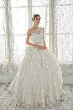 秋醒。好 - Dresses / Wedding Dresses - TaipeiRoyalWed.tw 台北蘿亞結婚精品