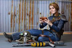 Fallout cosplay - Vault Dweller by MonoAbel on DeviantArt Fallout Cosplay, Epic Cosplay, Cosplay Girls, Cosplay Costumes, Bioshock Cosplay, Awesome Cosplay, Anime Cosplay, Arsenal, Fallout Facts