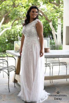 Plus size wedding gowns 2018 Daisy (2) #PlusSizeWeddingThings