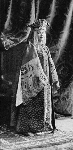 Countess Goudovitch, nee Princesse Gagarine (Femme de boyard du XVII siecle)....126 by klimbims on deviantART