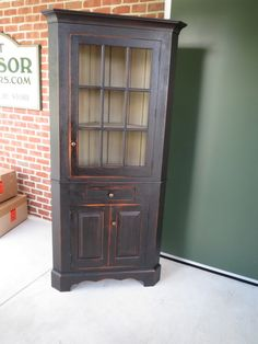 GreatWindsorChairs.com: Primitive Country Cupboard