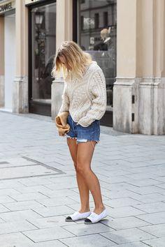 RED REIDING HOOD: www.redreidinghood.com Fashion blogger Mija wearing Levi's shorts street style Isabel Marant knit Chanel espadrilles