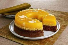 Bolo Quindim | Saúde Vida Total Mini Cheesecake, Junk Food, Coco, Delish, Birthday Parties, Bakery, Deserts, Low Carb, Pudding