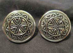"""#Vintage Silvertone #Filigree Button Clip-On #Earrings 1"""" round #Jewelry #clips #Vintage #Button"""