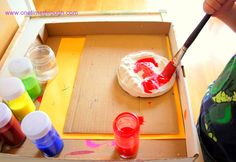 Painting personalized plaques with watercolour