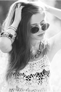Black and white, round classes and lace. We love this classic festival look.