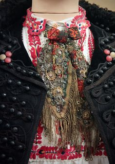 Detail - Couple from Matyó, Mezőkövesd, Borsod county Detail of costume at the Ethnographical Museum Budapest~Image by Kotomi Creations. Folk Costume, Costumes, Clothes Basket, Folk Clothing, Hungarian Embroidery, Textiles, Fabric Jewelry, Ethnic Fashion, Boho Gypsy