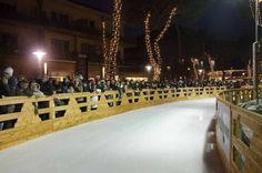 A #MilanoMarittima è stata inaugurata la rotonda di ghiaccio più grande e più #glamour di #Europa, con la partecipazione di Valeria Marini #Christmas 2015 #MiMaonice #iceworld #winterwonderland #showwoman #iceskating #family #kids #somuchfun