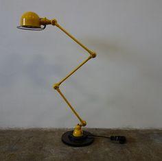 Franse staande lamp + Jieldé + industrieel + retro en vintage design interieur