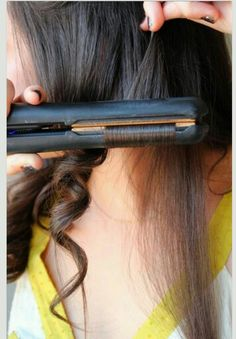 How to curl your hair with a straightner