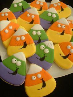 Wedding Cookies - Bride and Groom Heart cookies - 1 dozen - Wedding cookie favors - bridal cookies - decorated cookie favors Halloween cookies - 1 dozen - Candy Corn cookies Candy Corn Cookies, Fall Cookies, Iced Cookies, Cut Out Cookies, Cute Cookies, Royal Icing Cookies, Holiday Cookies, Cupcake Cookies, Cookies Et Biscuits