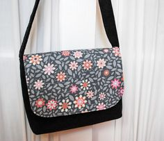 Kid-sized Messenger Bag Free Pattern and Sewing Tutorial