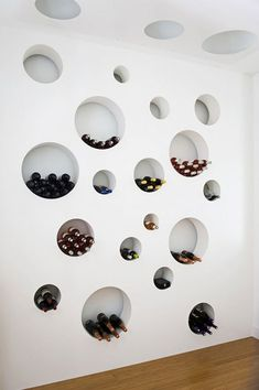 Unique, contemporary and stylish wine storage design. An excellent use of space if cellar footing is required. Cave A Vin Design, Wall Design, House Design, Loft Design, Ceiling Design, Room Deco, Interior And Exterior, Interior Design, Modern Interior