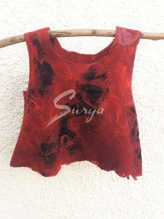 http://suryalanayseda.com/producto/top-rojo-y-negro
