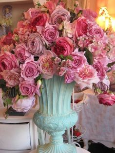 Roses in Tiffany blue vase