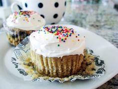 Vanilla cupcakes for two (recipe for only TWO cupcakes) by sallysbakingaddiction.com
