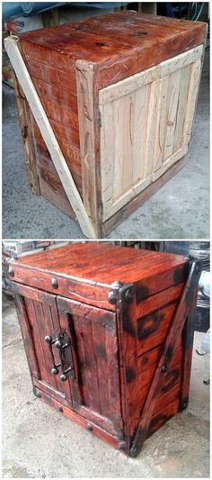 Stylish designing project work in the cabinet manufacturing of wood pallet is superb done here. It seems like the cabinet has been all set into the modes of storage box whose the interior portion has the conceptual work of cabinet divisions.