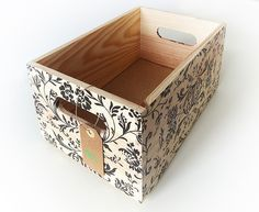 Small Storage Boxes, Craft Storage, Wood Crates, Wood Boxes, Handmade Home Decor, Diy Home Decor, Painted Furniture, Diy Furniture, Fruit Box