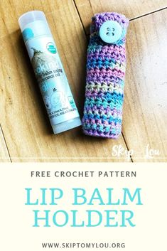 diy yarn holder A crochet lip balm holder is quick and easy crochet pattern that makesomething useful.These little chapstick holders would make great gifts! Quick Crochet, Free Crochet, Crochet Baby, Knit Crochet, Easy Crochet Patterns, Crochet Patterns Amigurumi, Crochet Ideas, Diy Yarn Holder, Baby Bottle Holders