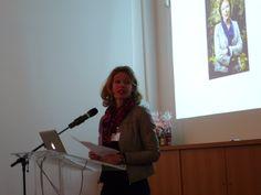 Annemarie van den Brink aan het woord. Symposium 'De kunst van het schrijven', Centraal Museum, Utrecht, 29-11-2013.