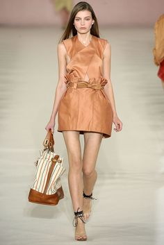 Chloé Spring 2009 Ready-to-Wear - Collection - Gallery - Style.com