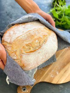 Nattjäst bröd | Zofias Kök | Alltommat I Love Food, Good Food, Bread Recipes, Vegan Recipes, Bakers Gonna Bake, Salty Foods, Home Bakery, Bread Rolls, Bread Baking
