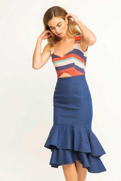 Comprar online vestido corto vaquero con top crepe de rayas de colores y volantes para invitadas de boda bautizo comunion graduacion cena de empresa